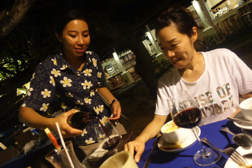 ワイン ビーチサイド レストラン