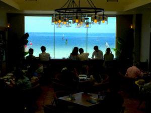 レストラン 海 シャンデリア