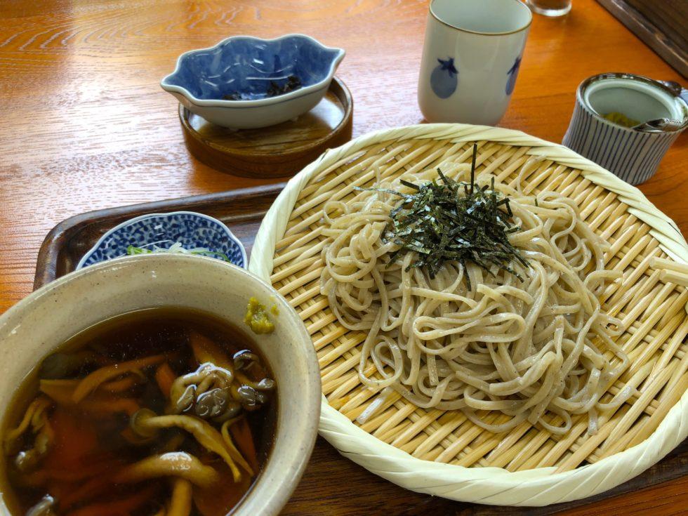 蕎麦 大山しめじ 昼食
