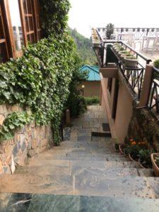 階段 フロント 壁