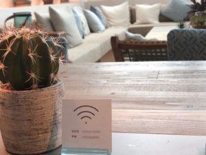 電源カフェ、WiFiスポット、カフェ